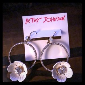 Betsey Johnson Rhinestone & Enamel Daisy Earrings